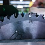 Close up photo of a table saw blade