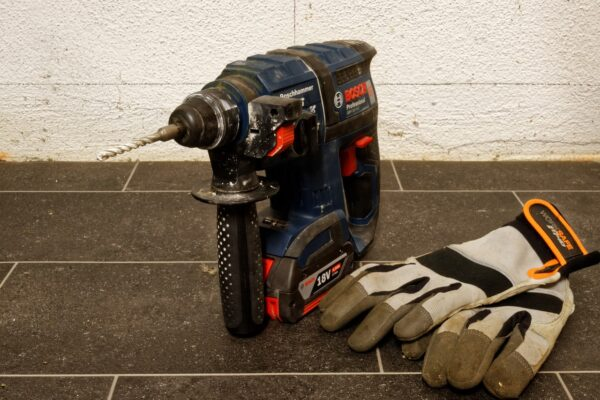 Best Affordable Impact Drill Reviews and Buying Guide 2021