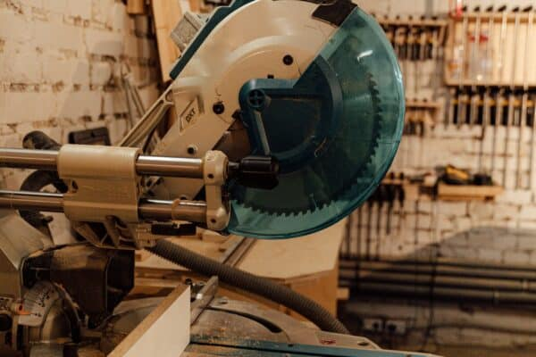 Best mitersaw under 500 – Buying guide and reviews